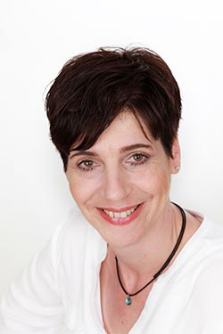 Manuela Standke